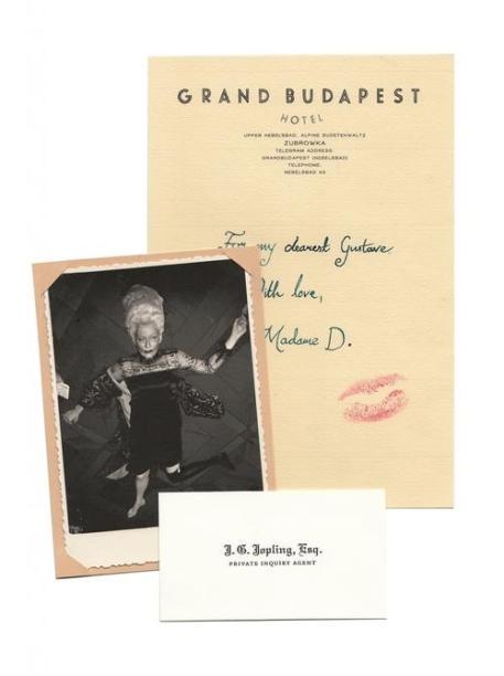 annie-atkins-es-la-diseadora-grfica-del-imperio-de-zubrowka-de-the-grand-budapest-hotel-body-image-1429302523