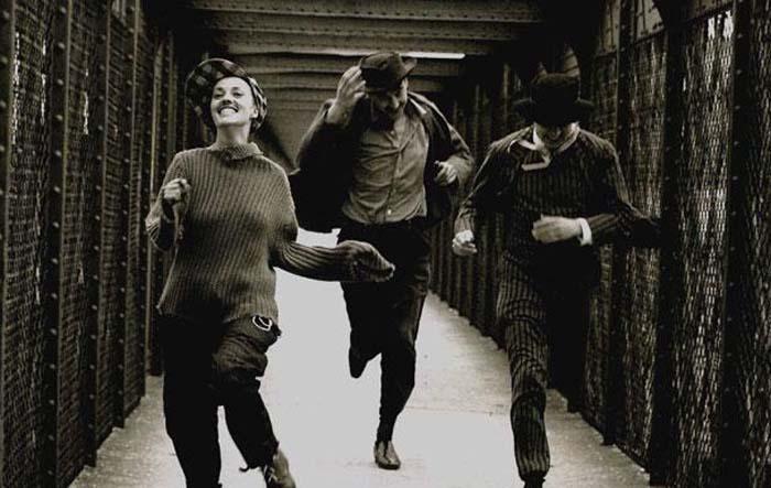 Jules+et+Jim_Charenton-le-Pont_Raymond+Cauchetier_1961